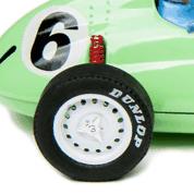 Detalle del amortiguador trasero del coche de slot BMR P25